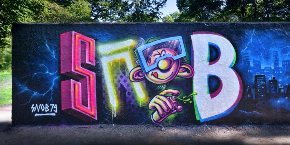 Eugen Schramm slideshow Startseite schwarzlicht künstler graffiti auftrag (60)